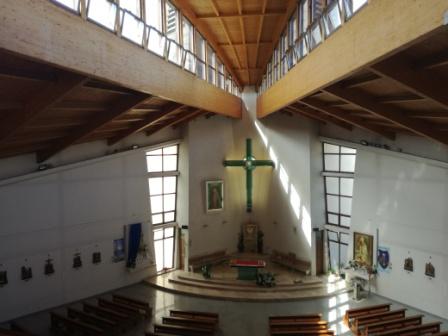 Svätyňa z chóru 1