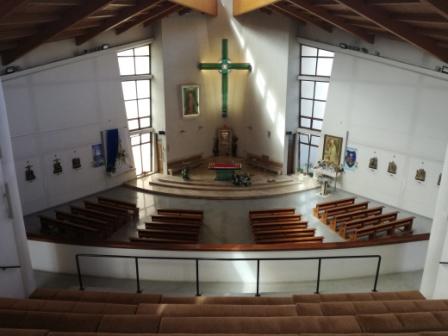 Svätyňa z chóru 2