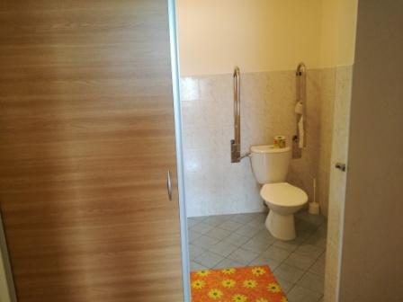 bezbarierová kúpeľňa